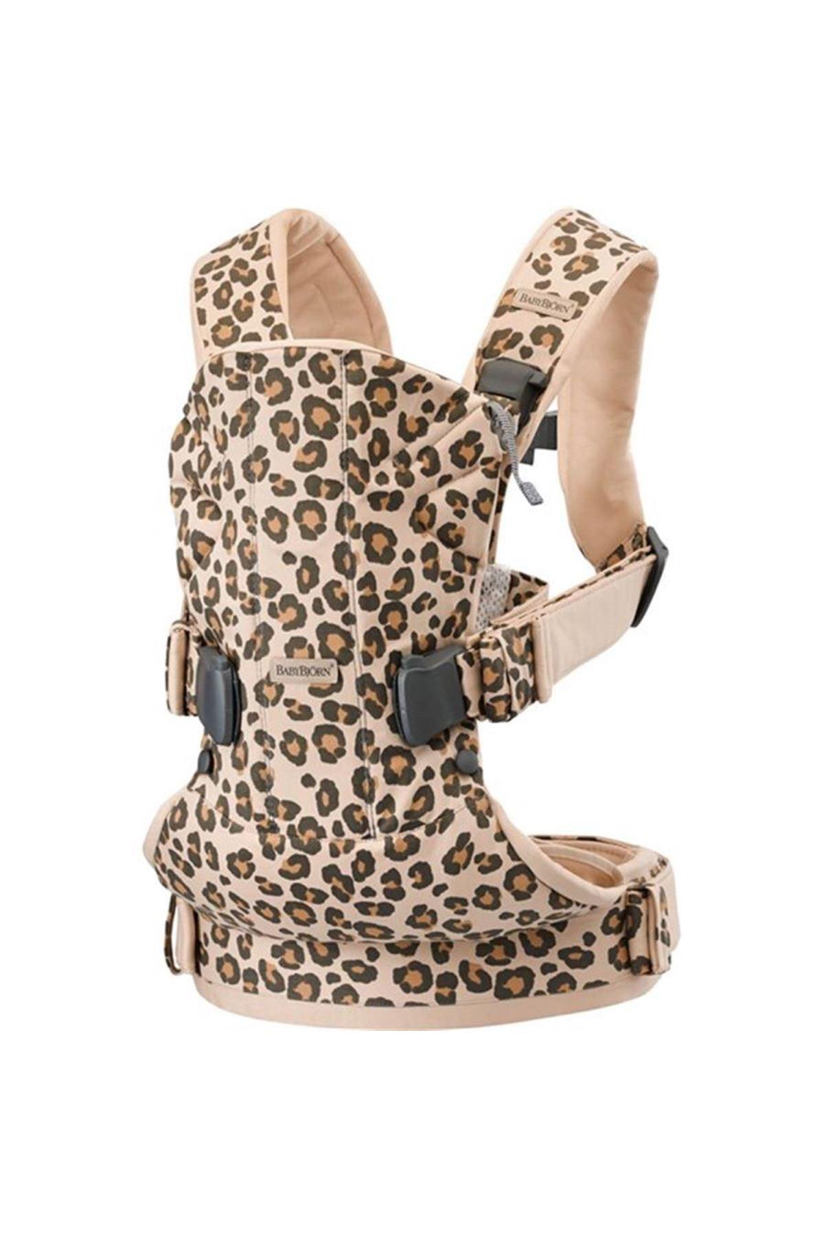 BabyBjörn Kanguru One Cotton MIX / Beige Leopard